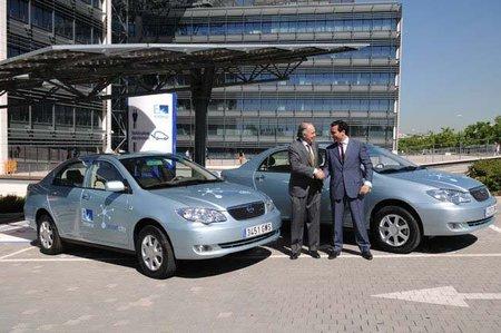 Málaga será capital europea de los coches eléctricos en 2012