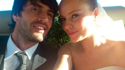 ¡Que Esmeralda Moya se nos ha casado por sorpresa!