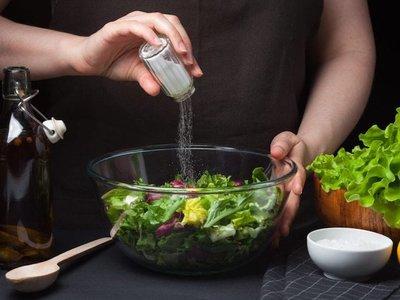 Como salvar una receta en la que se te paso la sal o el picante