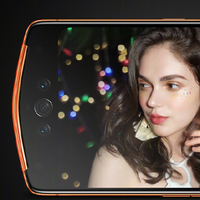 Ni una ni dos, tres cámaras frontales: así son los últimos móviles de Meitu para amantes de los selfies