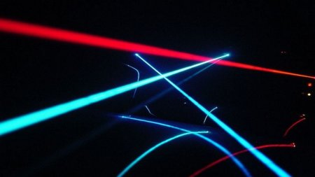 Europa invierte en 13 proyectos de investigación fotónica para popularizar los accesos de 1 Gbps