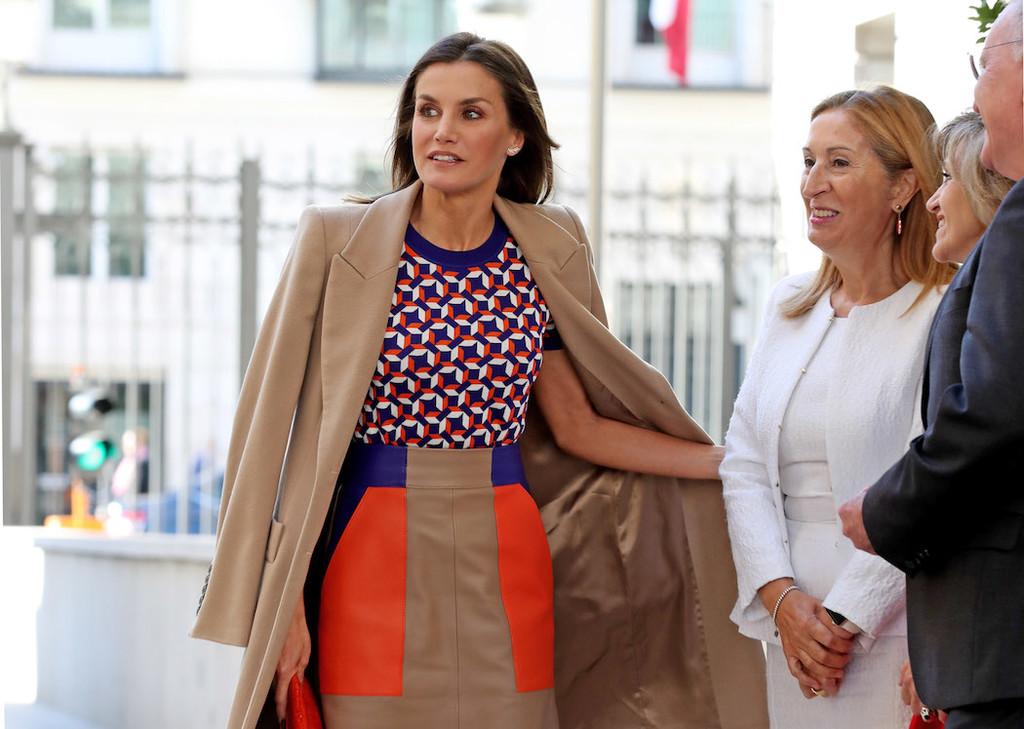 No hay dos sin tres: este es el vestido más visto de Doña Letizia Ortiz#source%3Dgooglier%2Ecom#https%3A%2F%2Fgooglier%2Ecom%2Fpage%2F%2F10000