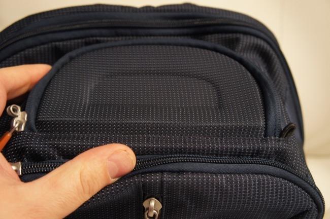El departamento SafeZone nos permite proteger el móvil, unas gafas, una cámara de fotos, etc