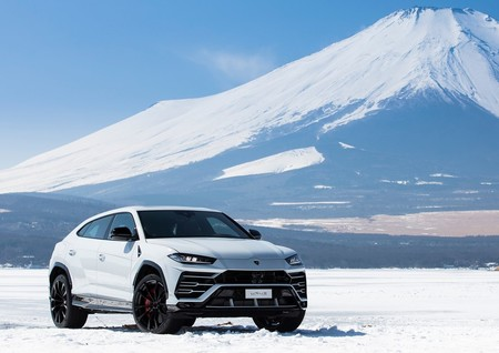 Lamborghini Urus 2019 1280 07