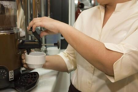 La hostelería reclama un vale de comida para autónomos y exenciones en la cotización de sus empleados para paliar su crisis