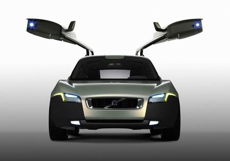 Del Volvo YCC a los colores del Mazda MX-5 RF: así son las mujeres que hay detrás de los coches que quieres