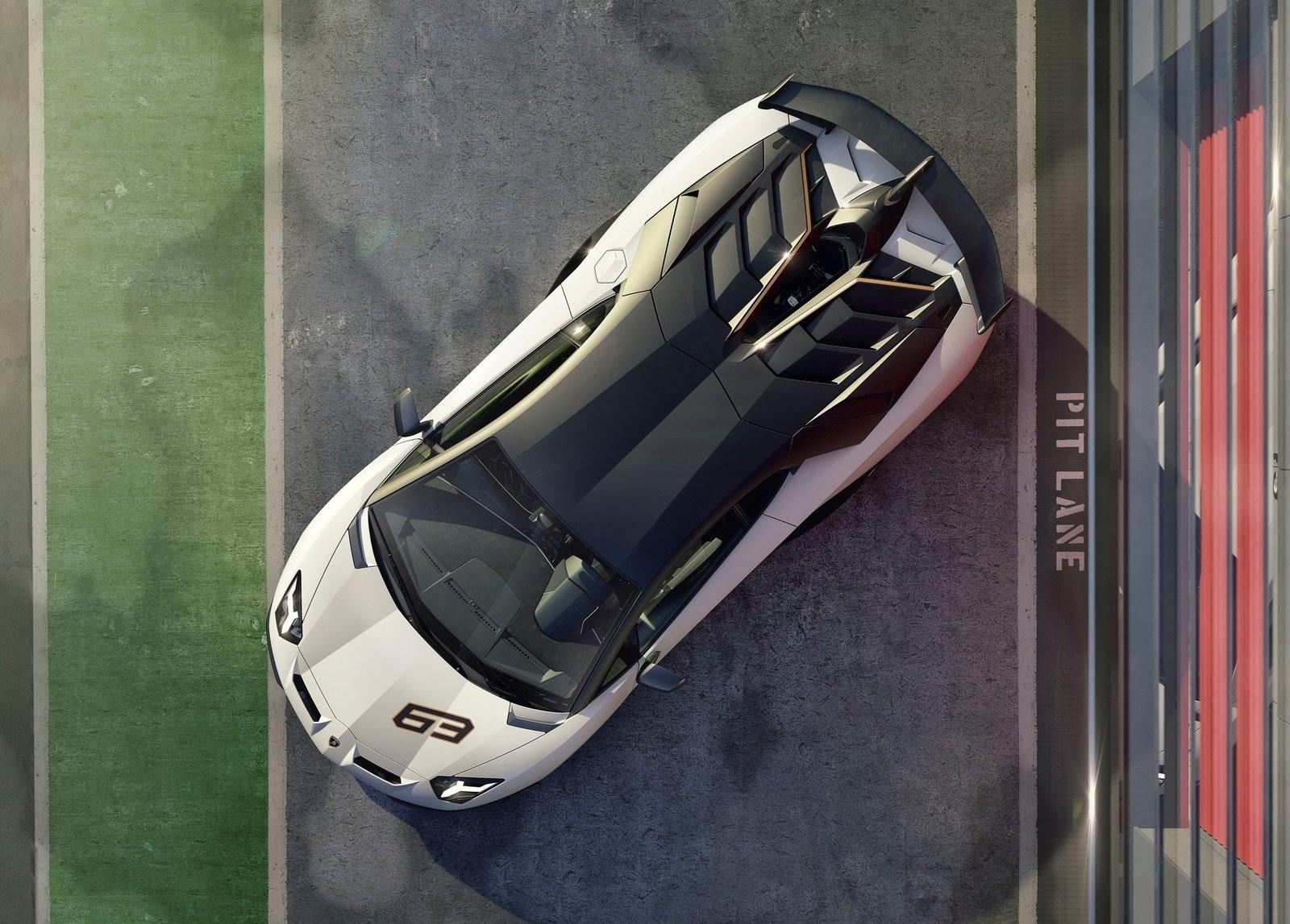 Foto de Lamborghini Aventador SVJ (15/23)
