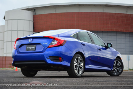 Honda Civic 2016 Mexico 6