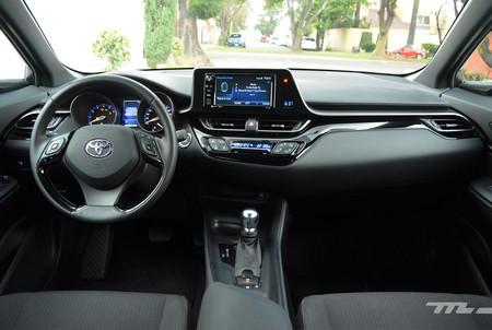 Toyota C Hr 6