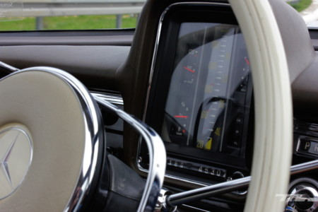 Mercedes Benz 200 260