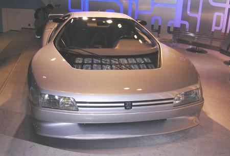 Peugeot Oxia en exposición