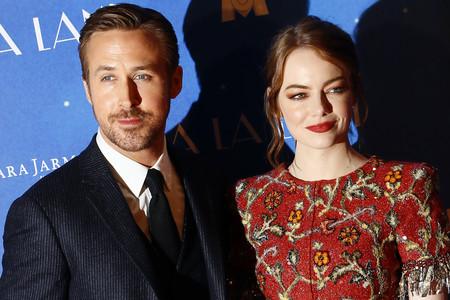 Emma Stone arriesga ¿Y gana? con su look en la premiere de La La Land en París