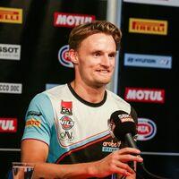 Chaz Davies cuelga el casco: se bajará de su Ducati Panigale V4 R a final de año para no volver a correr en moto