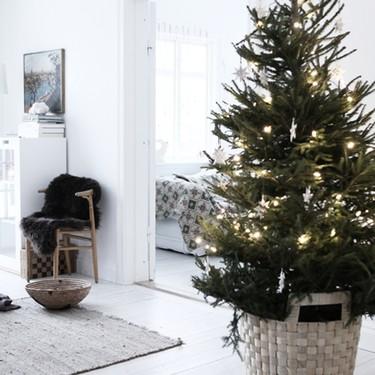 Cinco claves para conseguir un árbol de Navidad y una decoración de estilo nórdico estas navidades