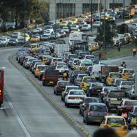 Bogotá es una de las peores ciudades para conducir, según Waze