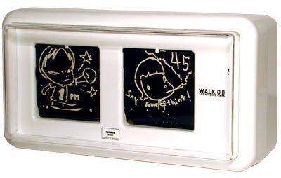 Reloj que marca la hora con dibujos