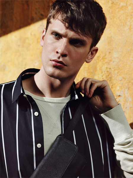 Editorial Stripes Man de Zara