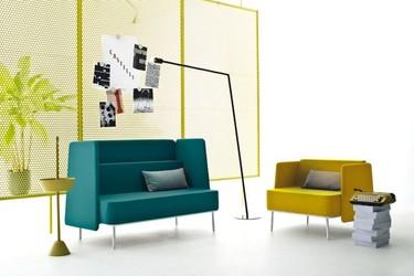 Colección de muebles de oficina funcionales y en colores alegres de Castelli