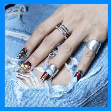 Esperemos que estas manicuras no se pongan de moda... ¡Temblad!