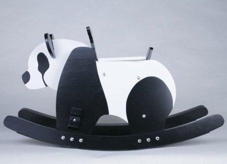 Balancín panda, una preciosidad para dormitorios infantiles