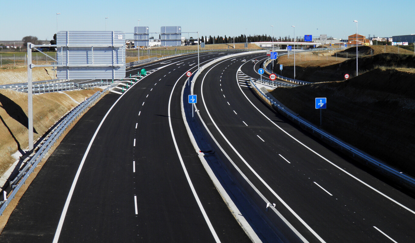 Las autovías sin peajes son caras: España recauda un 76% menos que Europa por cada conductor