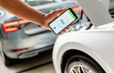 """Esta app de Skoda detecta averías en el coche """"escuchando"""" el sonido de sus componentes"""