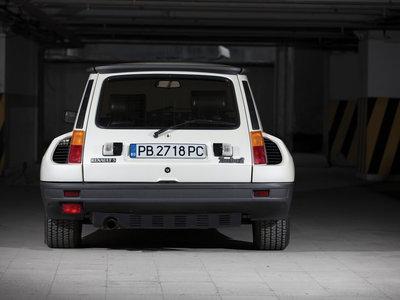 Este Renault 5 Turbo 2 de 1983 costará entre 75.000 y 95.000 euros en subasta. ¿Por qué es tan caro?