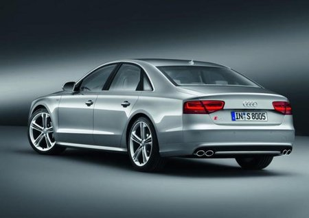 Audi S8 Trasera
