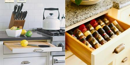 En las cocinas lo más habitual es que los cajones guarden los cubiertos y  todo tipo de trastos 40b51888e116