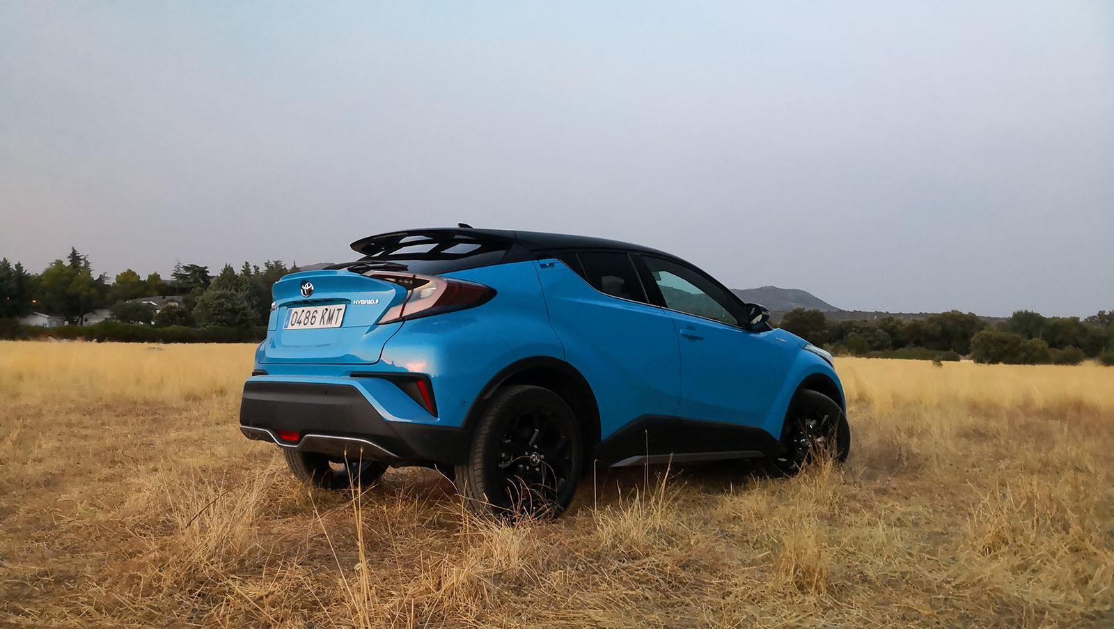 Foto de Toyota C-HR Dynamic Plus - Fotos exteriores (21/30)