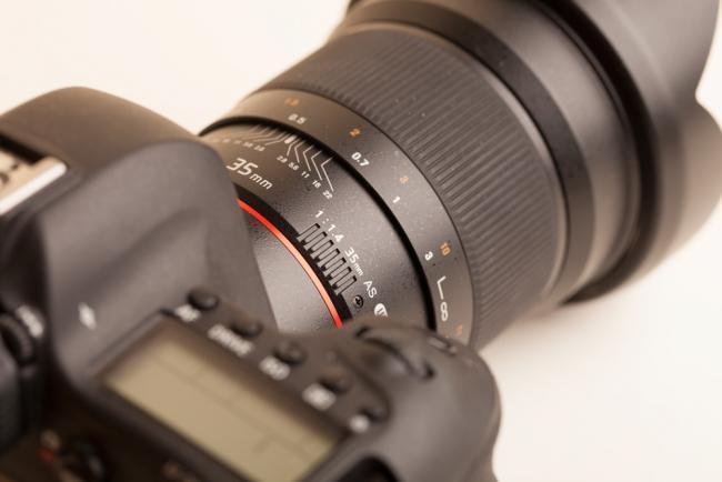 Samyang 35mm1 1