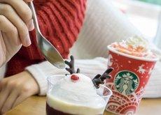 Hasta el grinch se volvería loco con los especiales de Navidad que han preparado en Starbucks Hong Kong
