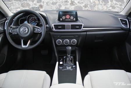 Mazda3 2017 4
