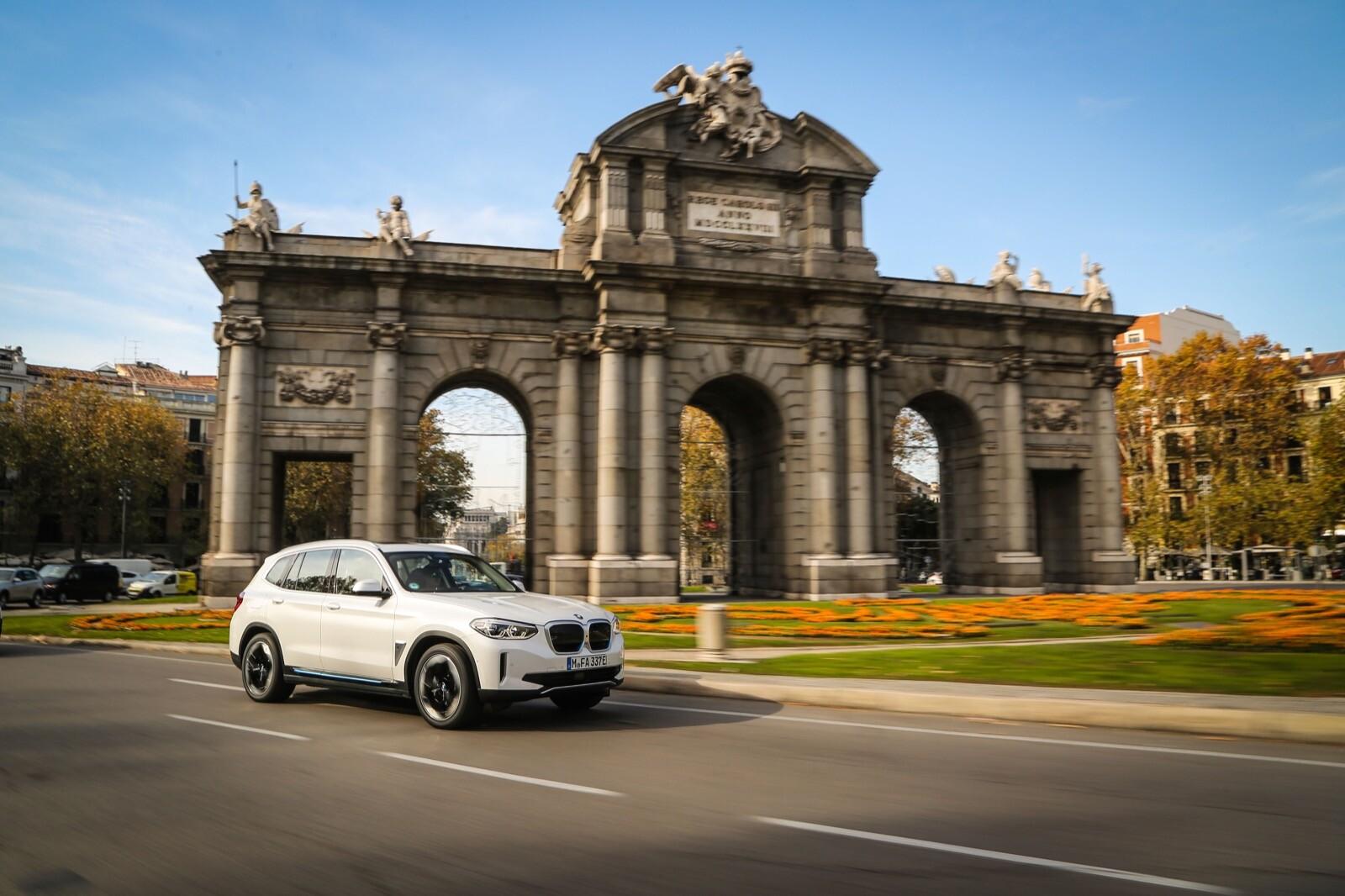 Foto de BMW iX3 (prueba) (5/65)