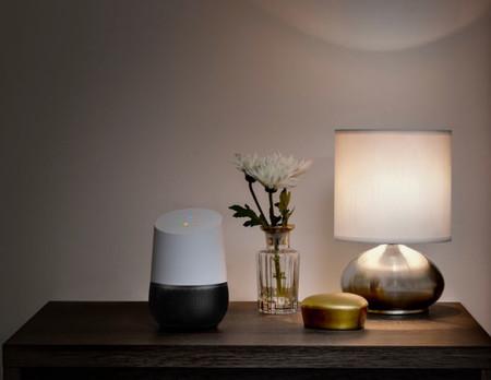 Google Home llegará el 6 de abril a los hogares del Reino Unido para competir con Amazon Echo y Alexa