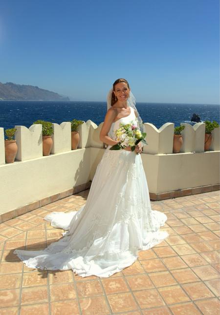 Yo sí tuit-quiero. El vestido de novia de Raquel Sánchez Silva