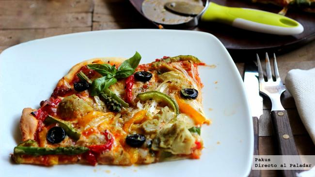 pizza de verduras de colores