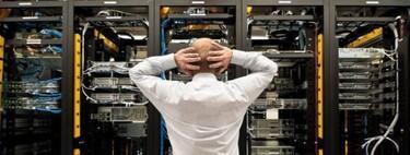 Mucha nube pero al final si se cae un servicio se cae medio Internet