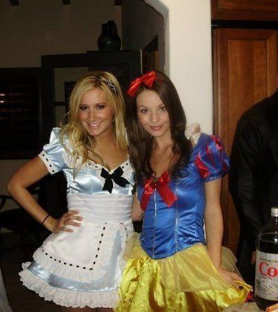 halloween-2009-ashley-tisdale