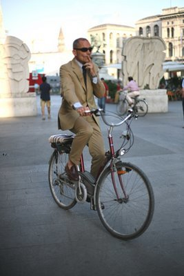 Bikingandsmoking.jpg