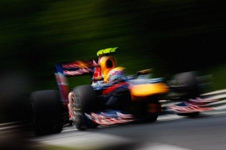 GP de Hungría de Fórmula 1: Mark Webber arrasa en una carrera movida recuperando el liderato, se aprieta el Mundial