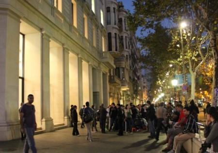 Llegada de stock y apertura a las ocho de la mañana: todo preparado para el lanzamiento de los iPad Air en España