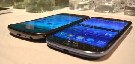 Samsung Galaxy SIII vs. Galaxy Nexus: comparativa de interfaces en vídeo