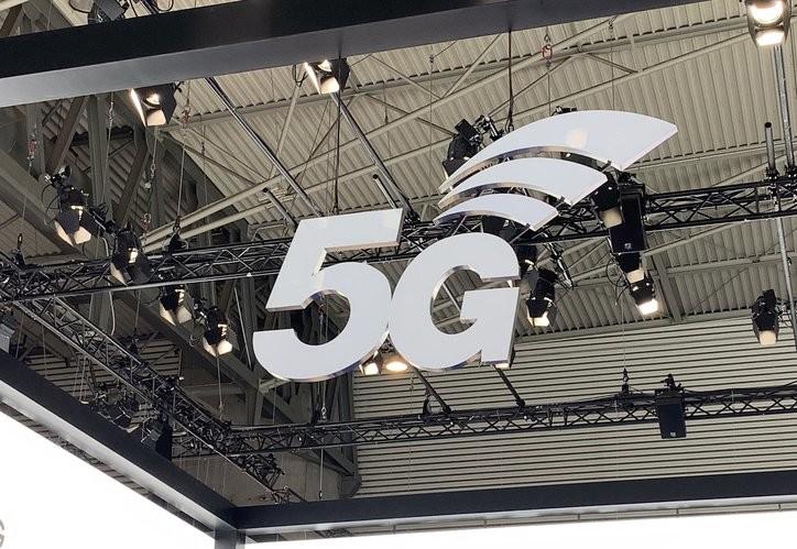 El Gobierno abre la puerta a que las empresas accedan a redes 5G fuera de las operadoras