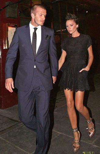 Victoria Beckham y su amor por los zapatos imposibles