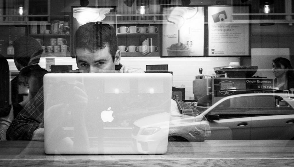 Mac Starbucks