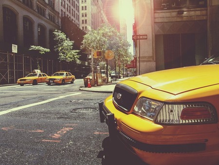 Aumentan los casos de suicidio entre taxistas de Nueva York por las deudas y la brutal competencia de Uber y Lyft