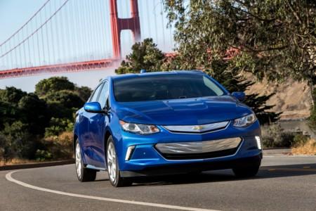 El Chevrolet Volt triunfa en Salón de Los Angeles como 'Green Car of the Year 2016'