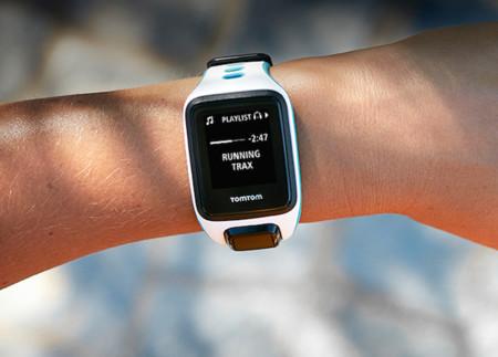 TomTom expande su oferta en México con sus dispositivos wearables