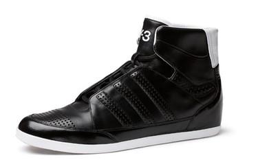 Y-3, negro y blanco en sus nuevas zapatillas